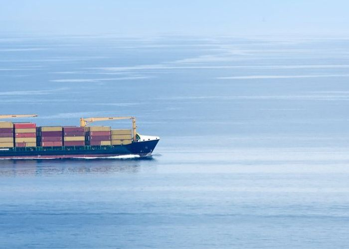 containership2_700x500.jpg